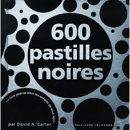 600 pastilles noires - un livre pop-up pour les enfants de tous âges David CARTER 9782070614646 Book